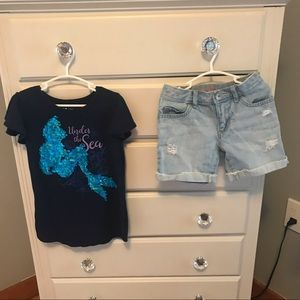 Girl's size 6 t-shirt and shorts bundle